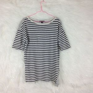 Banana Republic | linen striped tee
